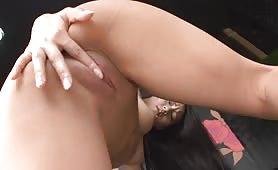 日本AV女優-日本少女脫衣艷舞